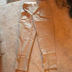 Lands End Khaki pleated pants 32X32